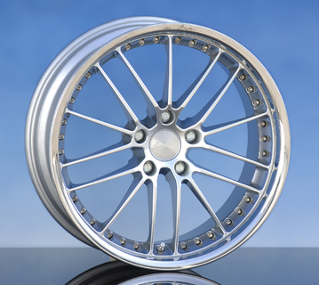 "In a stylish two-piece look: breyton design presents the new ""Flame Sport"" wheel"