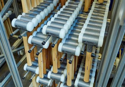 The soft-faced hammers are available in many different sizes