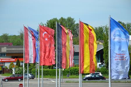 Flaggen auf der CLOUDZONE