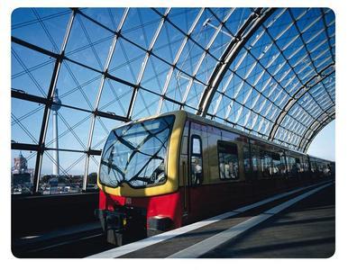 Bahnantennen für Multiband-Applikationen von ANTONICS-ICP; Bild: S-Bahn Berlin GmbH, Donath