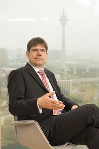 Georg Mackenbrock ist Geschäftsführer des Deutschen Medizinrechenzentrums (DMRZ.de)