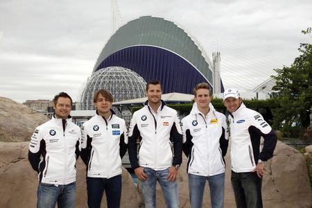 BMW DTM Fahrer vor dem Oceanogràfic