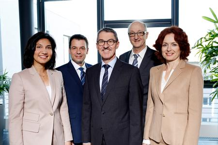 Die neue Geschäftsführung von MANN+HUMMEL, v.l.n.r. Filiz Albrecht, Hansjörg Herrmann, Alfred Weber, Manfred Wolf, Emese Weissenbacher