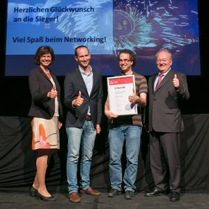 1. Platz Magazino mit Ilse Aigner Dr. Otto Beierl