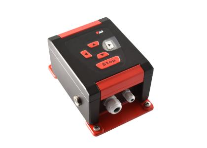 ROSE bietet seinen Kunden auch die Möglichkeit, die Alu-Gehäuse in CI-Farben zu gestalten. Der Gehäusespezialist verfügt über umfangreiche Optionen zur mechanischen Bearbeitung, Konfektionierung und Oberflächenveredelung und kann dadurch auch individuelle Sonderlösungen anbieten.