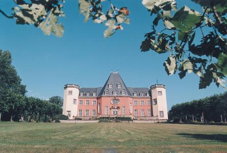 Fraunhofer-Institutszentrum Schloss Birlinghoven IZB