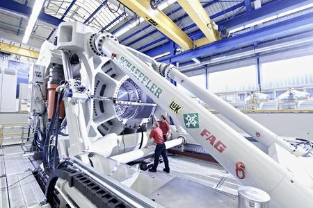 ASTRAIOS, one of the most state-of-the-art, biggest, and most powerful large-size bearing test rigs in the world, simulates the real loads and torques which occur in a wind turbine (Image: Schaeffler)