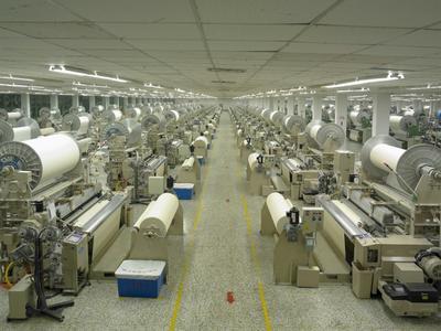 """""""Unser hochmoderner Maschinenpark ist ein Garant für Kontinuität in Bezug auf die Qualität unserer Waren sowie die Flexibilität in unserer Produktion"""", so Zuohui Tian, Quality director / ©Sunvim Group, Ltd."""