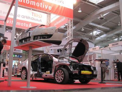 AutoID-Leuchtturm Automotive auf der CeBIT 2010