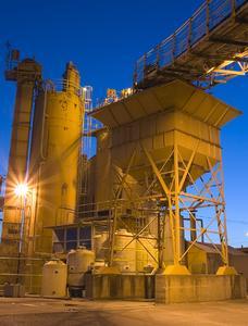 Die Produktion und Verteilung von Zement besser zu planen, wirkt sich positiv auf Transportwege und Kosten aus.
