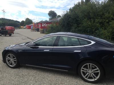 Tesla Fahren ist Spass