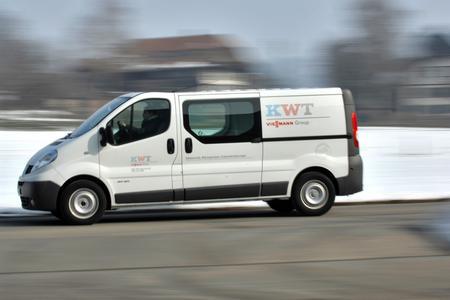 WEBFLEET leitet die Service-Mitarbeiter der KWT AG zielsicher zum nächsten Auftrag. Bild: KWT AG