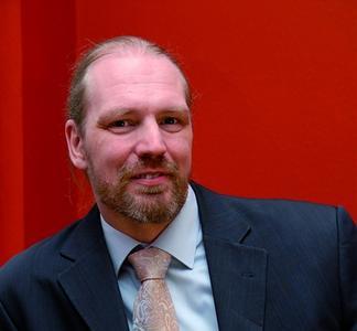 Ralf Benzmüller