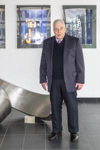 Dr. Dieter Kress