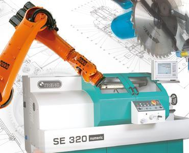 Composing Roboter + Werkzeugmaschine