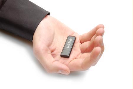 SafeStick verschlüsselt große Datenmengen (bis 60 GByte).