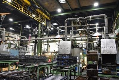 Chemikalienbeständigkeit zeichnet HCL Hallenstrahler von AS LED Lighting aus