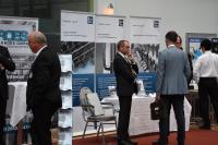 Die begleitende Industrieausstellung ermöglicht Unternehmen, mit Kongressteilnehmern direkt über neue Produkte und Lösungen ins Gespräch zu kommen.  Bildquelle: FiT e.V.