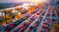 Zukunftsbranche Handel und Logistik: Die Jobaussichten für hochqualifizierte Fach- und Führungskräfte sind besser denn je. Quelle: Shutterstock/WINGS