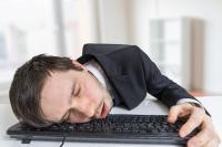 Tipps gegen Wintermüdigkeit und Schlafmangel / Foto: vchalup/stock.adobe.com