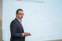 Christian Beck legt auf der SysCon 2019 in Gera bankinterne Prozesse offen