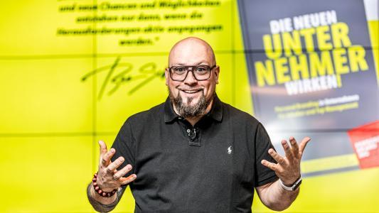 """Jetzt bestellen """"Die neuen Unternehmer wirken!"""", das aktuelle Buch von CEO, Sparringspartner und Autor Ben Schulz"""