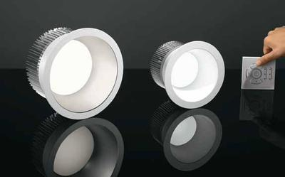 Panos Infinity Tunable White supremely combines colour temperature dynamic with best lighting quality, efficiency and design. The colour temperature is adjustable in the wide range from 2700 to 6500 Kelvin