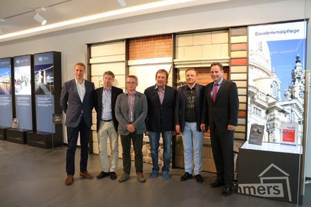 Eine russische Delegation war im Juli zu Gast bei Remmers in Löningen, um sich über Möglichkeiten in der Baudenkmalpflege zu informieren (Bildquelle: Remmers Baustofftechnik, Löningen)