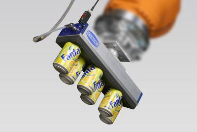 Vakuum-Flächengreifsystem FX/FXC zur Handhabung von Dosen.