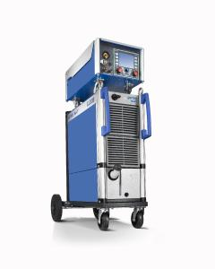 With the new MIG/MAG multiprocess welding machine QINEO NexT CLOOS expands the established product portfolio
