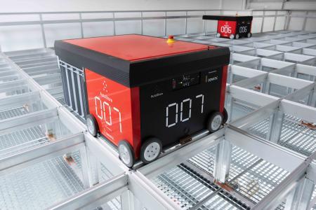 Dematic hat im Logistikzentrum der S. Siedle & Söhne Telefon- und Telegrafenwerke OHG eine AutoStore®-Anlage installiert. (Foto: Dematic / Knud Dobberke)