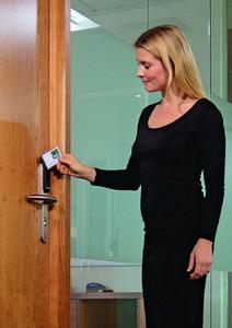 ZK-Systeme mit HID-PROX und EM410x RFID-Karten und -Lesern können jetzt kabellos um weitere Türen erweitert werden (Foto: ASSA ABLOY)