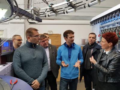 Besuch des FuE-Versuchsfelds von Terrot GmbH im Chemnitzer Wirkbau(1)
