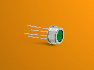 Temperature-stable Pyroelectric LTO Detectors