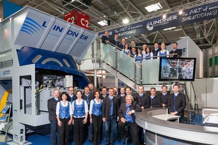 DirectDyk - Wir teilen mit, wer wo ist und warum. Lindner Recyclingtech GmbH auf der BIOMASA Brünn 2014