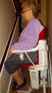 Treppenlifte gebraucht sind viel preiswerter als neue Treppenlifte!