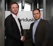 Carsten Fleischer - Key Account Manager epages GmbH (links) und Robert Simon - Geschäftsführer Service & IT-Operating (rechts)