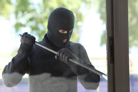 Was Sie über Einbrecher wissen sollten / Fotolia