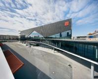 Außenaufnahme - Messehalle 12 in Frankfurt /  Bildnachweis: Messe Frankfurt/ Jean-Luc Valentin