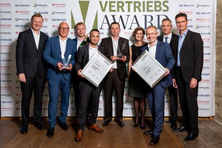 Die Auto-Zentrale Karl Thiel aus Rheda-Wiedenbrück überzeugte die Jury und gewinnt den Vertriebs Award 2019 (Foto: Stefan Bausewein)