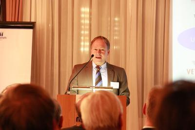 Hans-Peter Storz, MdL, sieht in den Life Sciences eine Schlüsselbranche für den Bodenseeraum