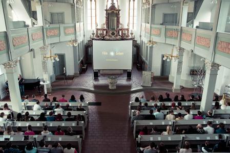 Die St. Jakobus-Kirche in Ilmenau ist eine der ungewöhnlichen Locations, an denen die Kurzfilme gezeigt werden / Foto: TU Ilmenau