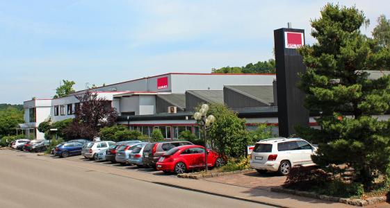 Company building of Isimat in Ellwangen, Germany / Photo: Kurz
