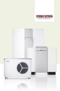 Mit einer Wärmepumpe - hier drei Beispiele aus der umfangreichen Produktpalette von STIEBEL ELTRON - lassen sich die Heizenergiekosten deutlich senken