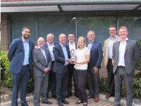 Avnet Abacus erhält Sales Achievement Award von Harwin