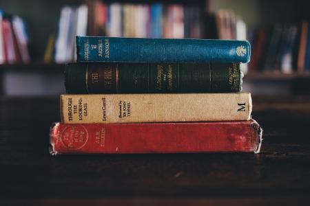 Ob in der Zukunft Bücher auch noch das A und O einer guten Ausbildung sein werden?