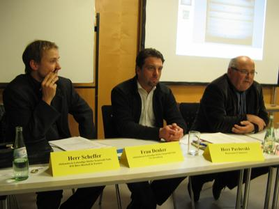 Rootconnect GF Peter Pavlovski stellt die virtuelle Wohngemeinschaft vor