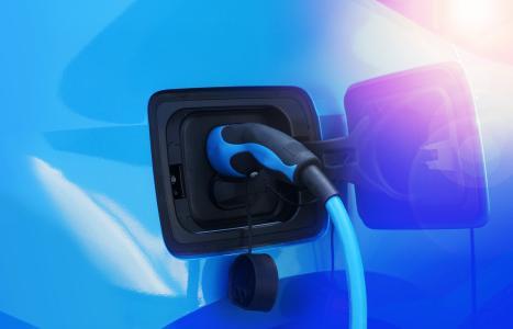 Elektromobilität Zapfsäule (Foto: Elektronik-Zeit/Shutterstock)