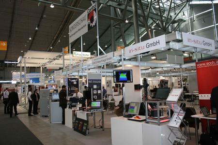 Messestand der Sonderschau »Berührungslose Messtechnik« bei der Control 2012 (Quelle: Fraunhofer-Allianz Vision)