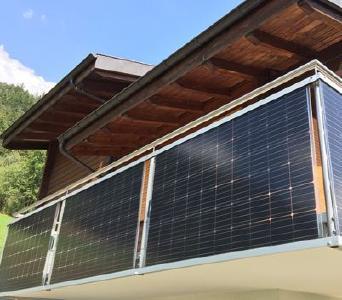 Module zur Stromerzeugung am Balkon